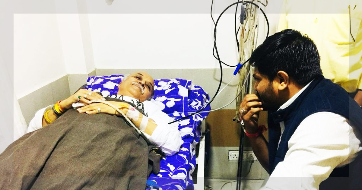 http://www.meranews.in/backend/main_imgs/1(2)_i-was-tipped-off-that-i-would-be-killed-in-police-encounter-says-vhp-chief-pravin-togadia_0.jpg
