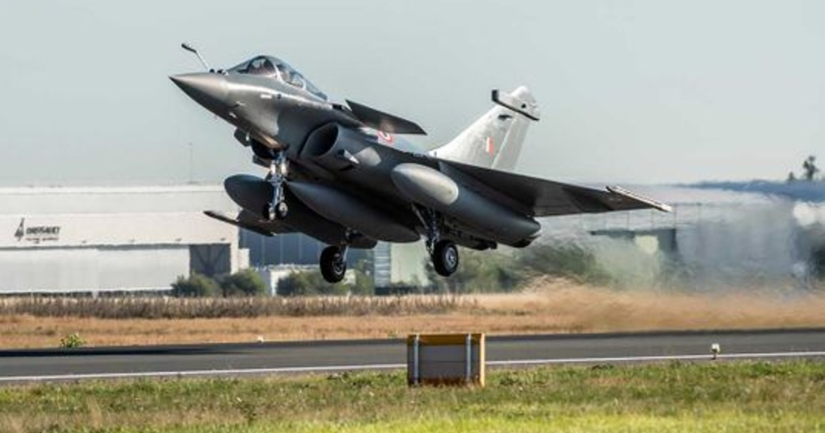 http://www.meranews.in/backend/main_imgs/RafaleJetsTakingOff_rafale-jets-taking-off-from-france-today-to-join-the-indian-air-force-in-ambala_0.jpg?48