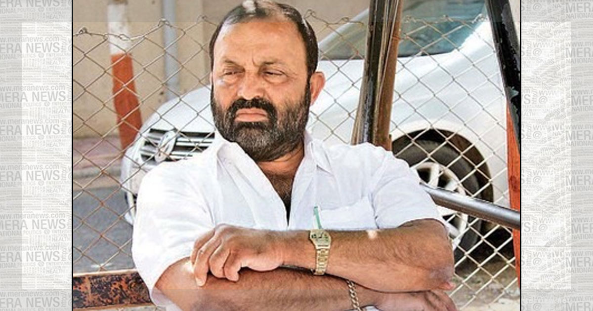 http://www.meranews.in/backend/main_imgs/Vitthal-Radadiya_vitthal-radadiya-quits-as-chairman-of-rajkot-district-co-operative_0.jpg