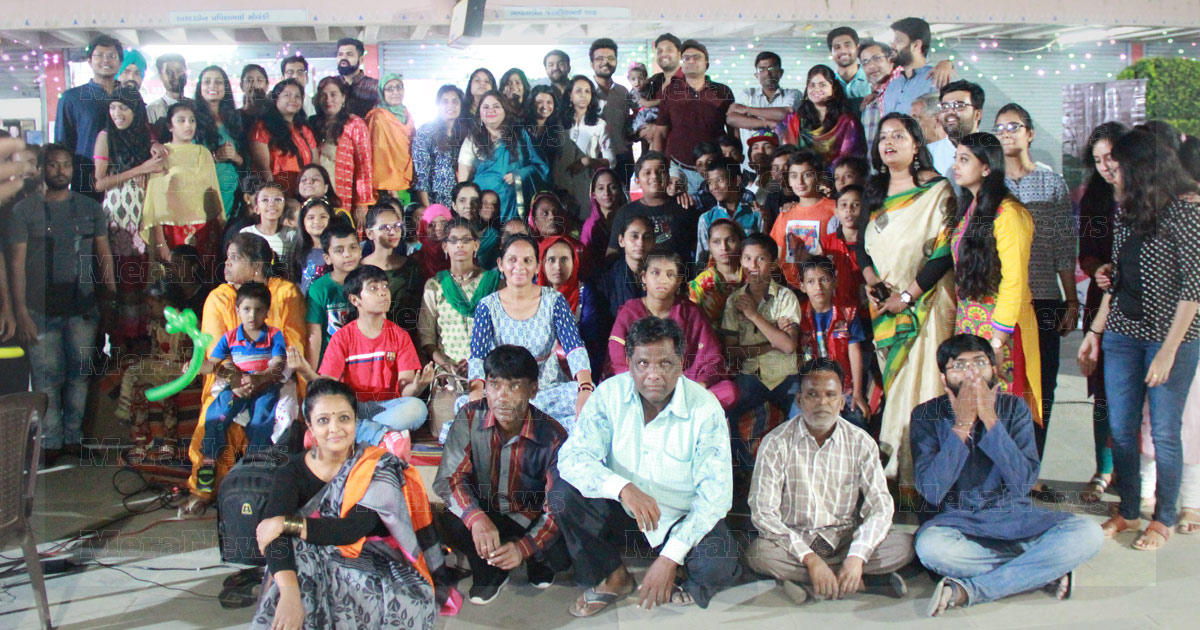 http://www.meranews.in/backend/main_imgs/diwali-event-meranews_getting-children-involved-ahmedabad-global-shapers-brings_0.jpg