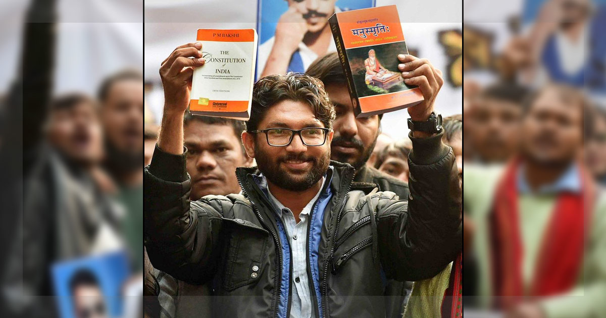 http://www.meranews.in/backend/main_imgs/jignesh-mevani-delhi-rally-meranews_yuva-huknar-rally-catapults-jignesh-mevani-to-national-arena_1.jpg
