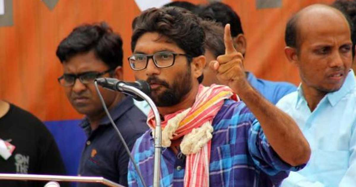 http://www.meranews.in/backend/main_imgs/jignesh-mevani1_mevanis-behaviour-was-not-right-but-why-do-the-police-not-take-offence-to-abuse-from-bjp-leaders_0.jpg